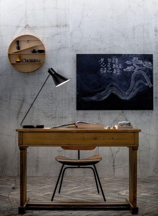 Taia Desk